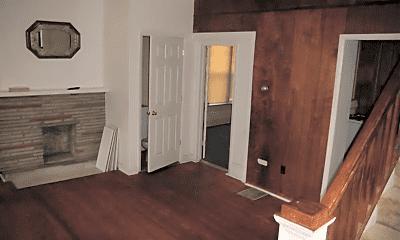Bedroom, 78 W Oakland Ave, 1