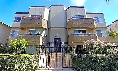Building, 6010 Romaine St, 0