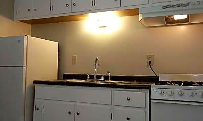 Kitchen, 4134 N Fremont Ave, 1