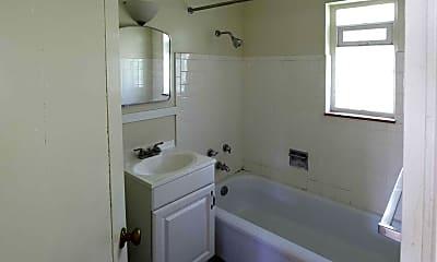 Bathroom, South Park Manor, 2