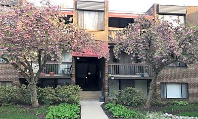 Building, 8715 Hayshed Ln 33, 0
