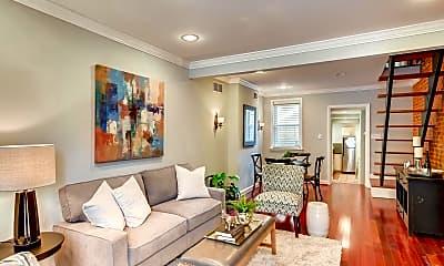 Living Room, 2941 Hudson St, 1