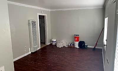 Living Room, 436 S 35th St, 0