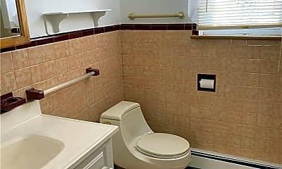 Bathroom, 85-42 261st St, 2