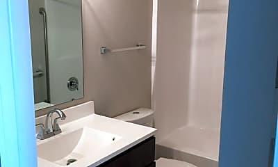 Bathroom, 238 N George St, 2