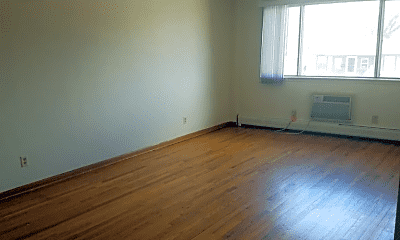 Living Room, 1920 Lathrop Ave, 1