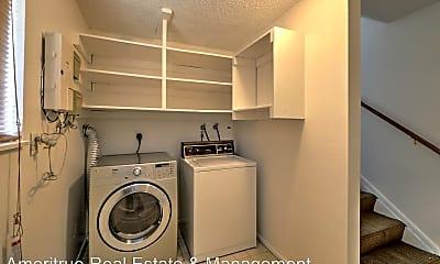Bathroom, 967 W 2000 N St, 2