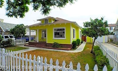 Building, 826 Cerritos Ave, 0
