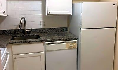 Kitchen, 260 Mt Auburn St, 2