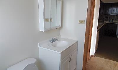 Bathroom, 1701 State St, 2
