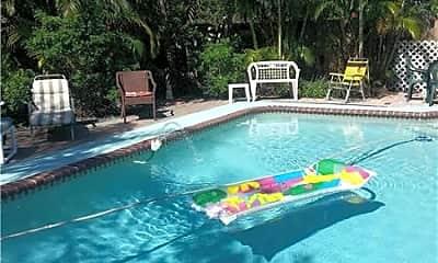 Pool, 6674 Boston Dr, 1