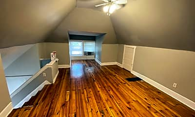 Living Room, 171 E Northwood Ave, 2