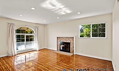 Living Room, 5838 Cohasset Way, 1
