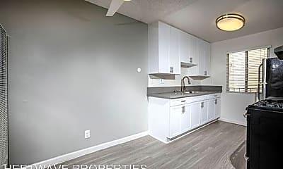 Kitchen, 3829 Marlborough Ave, 2