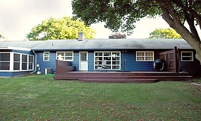 Building, 6124 W Q Ave, 1