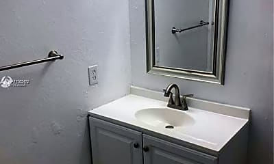 Bathroom, 10395 N Kendall Dr V6, 2