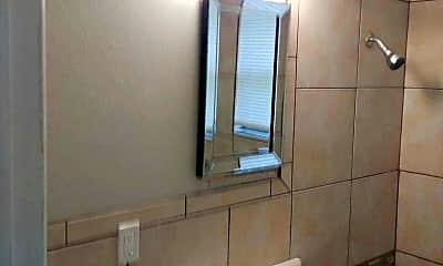 Bathroom, 2921 NW 20th St, 2