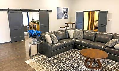 Living Room, 2200 Buckingham Dr NW, 2