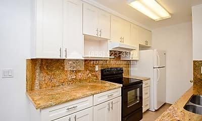 Kitchen, 820 Blossom Hill Rd 2, 1