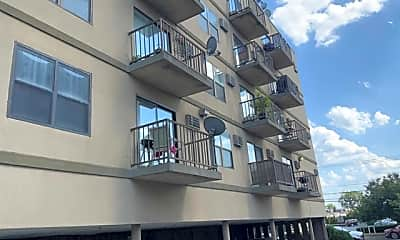 Building, 110 Sussex St 3C, 1