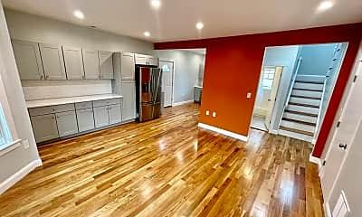 Living Room, 551 Park St, 0