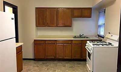 Kitchen, 1319 Victoria Ave, 0