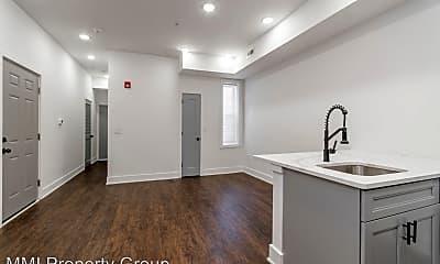 Kitchen, 3213 W Susquehanna Ave, 2