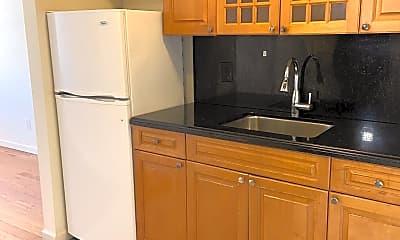 Kitchen, 35-01 Ditmars Blvd 2-R, 0