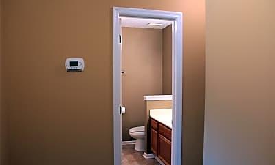 Bathroom, 239 Scotsman Ln, 2