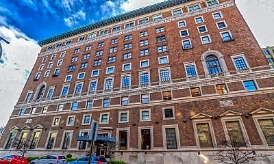 Building, 350 N Meridian St 505, 2