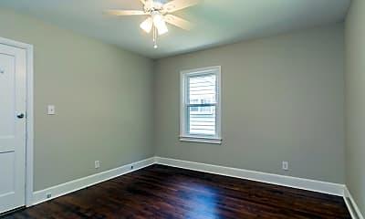 Bedroom, 1414 Broad St, 2