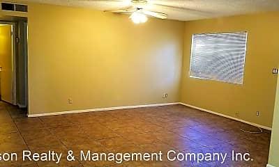 Building, 2611 E Lemon St, 1