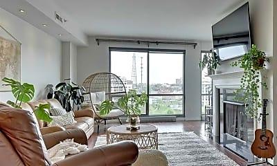 Living Room, 200 S 31st Ave, 1