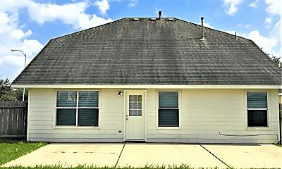 Building, 21655 Falvel Lake Dr, 2