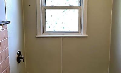 Bathroom, 1810 S Vermont Ave, 2