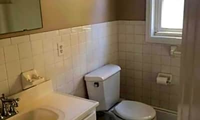 Bathroom, 30 Pond St 2, 2