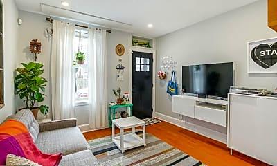 Living Room, 2307 E Fletcher St, 0