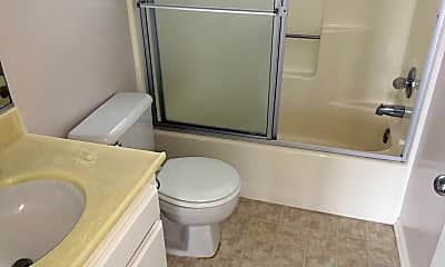 Bathroom, 811 Main St, 2