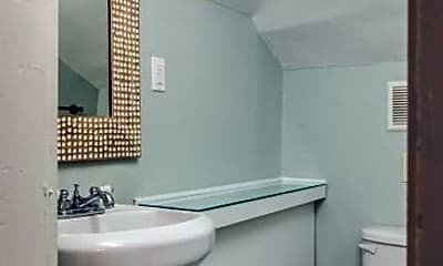 Bathroom, 1014 17th Ave S, 2