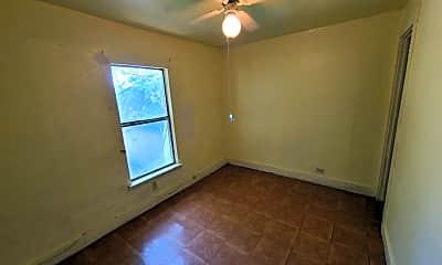 Bathroom, 821 S Ayers Ave, 2