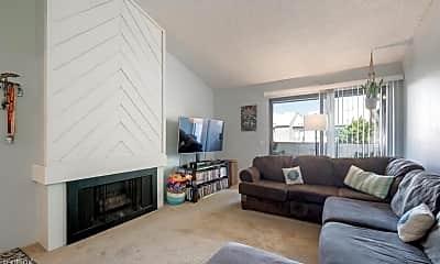 Living Room, 9229 Village Glen Dr, 0