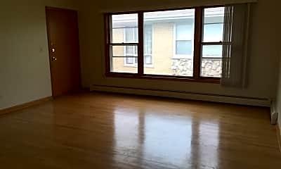 Living Room, 8670 Grand Avenue, 0