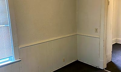 Bedroom, 1619 Plum St, 1