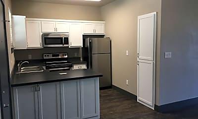 Kitchen, 903 Fannin St, 2