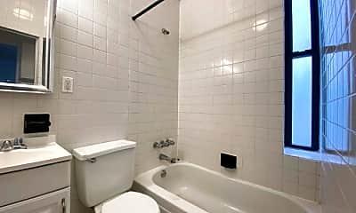 Bathroom, 1428 York Ave, 2