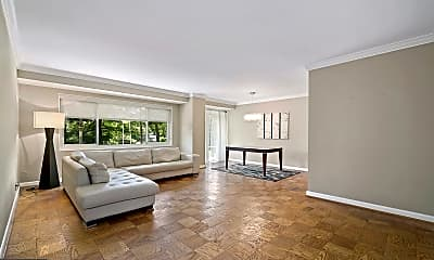 Living Room, 4201 Cathedral Ave NW 507W, 0