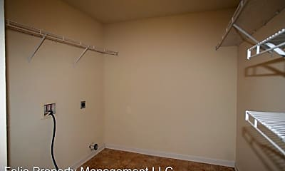 Bathroom, 117 Forestbrook Dr, 2