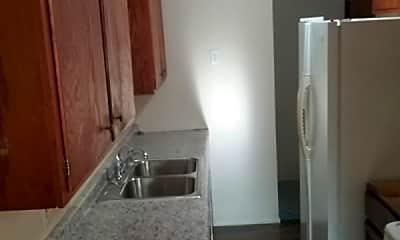 Kitchen, 1807 N 41st Ave, 1