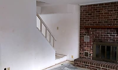 Living Room, 200 Myrtlewood Cir, 1
