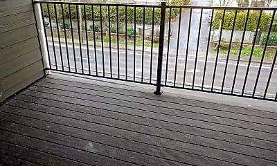 Patio / Deck, 16533 NE Halsey St, 1
